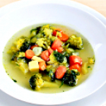 Дієтичний овочевий суп з брокколі