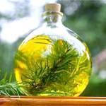 Ефірна олія розмарину: склад, користь і властивості розмаринового масла