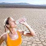 Як втамувати спрагу в літню спеку