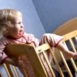 Привчаємо дитину засинати самостійно: рекомендації батькам