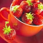 Полуничний сік: користь і властивості соку полуниці