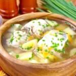 Рибний суп з консервованої сайри