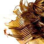 Розчісування волосся: гребінці та щітки для волосся