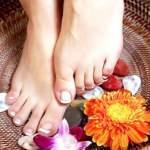 Догляд за ногами влітку